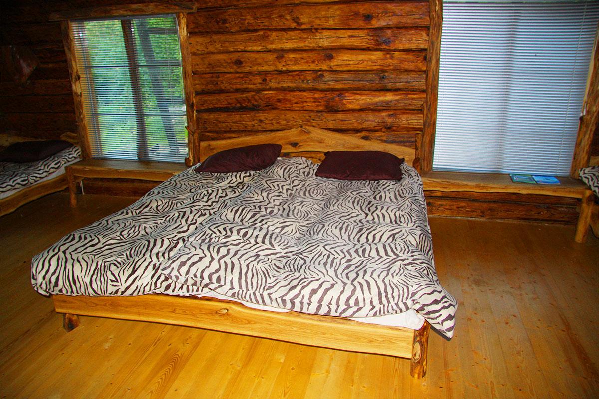 öömaja kahene voodi